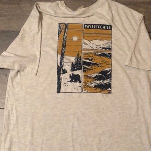 Fayettechill urban outfitters t-shirt large